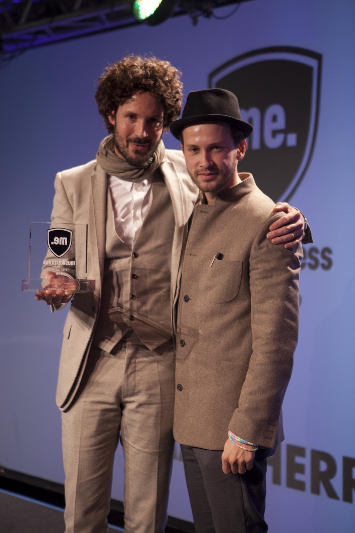 Ein Gentleman von 2011 trifft auf einen Gentleman von 2010.