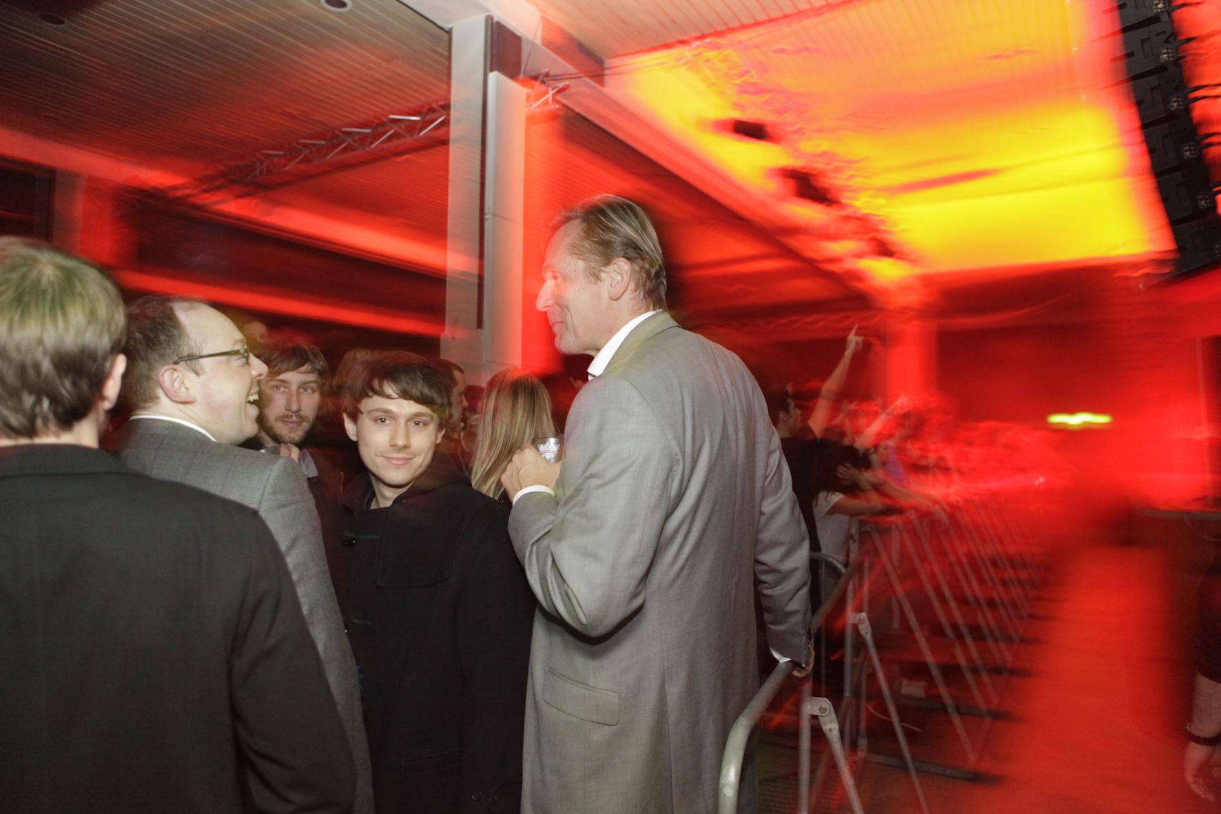 Mathias Döpfner zu Gast auf dem Digitalism-Konzert im Astra Club, der Aftershowparty zum Award
