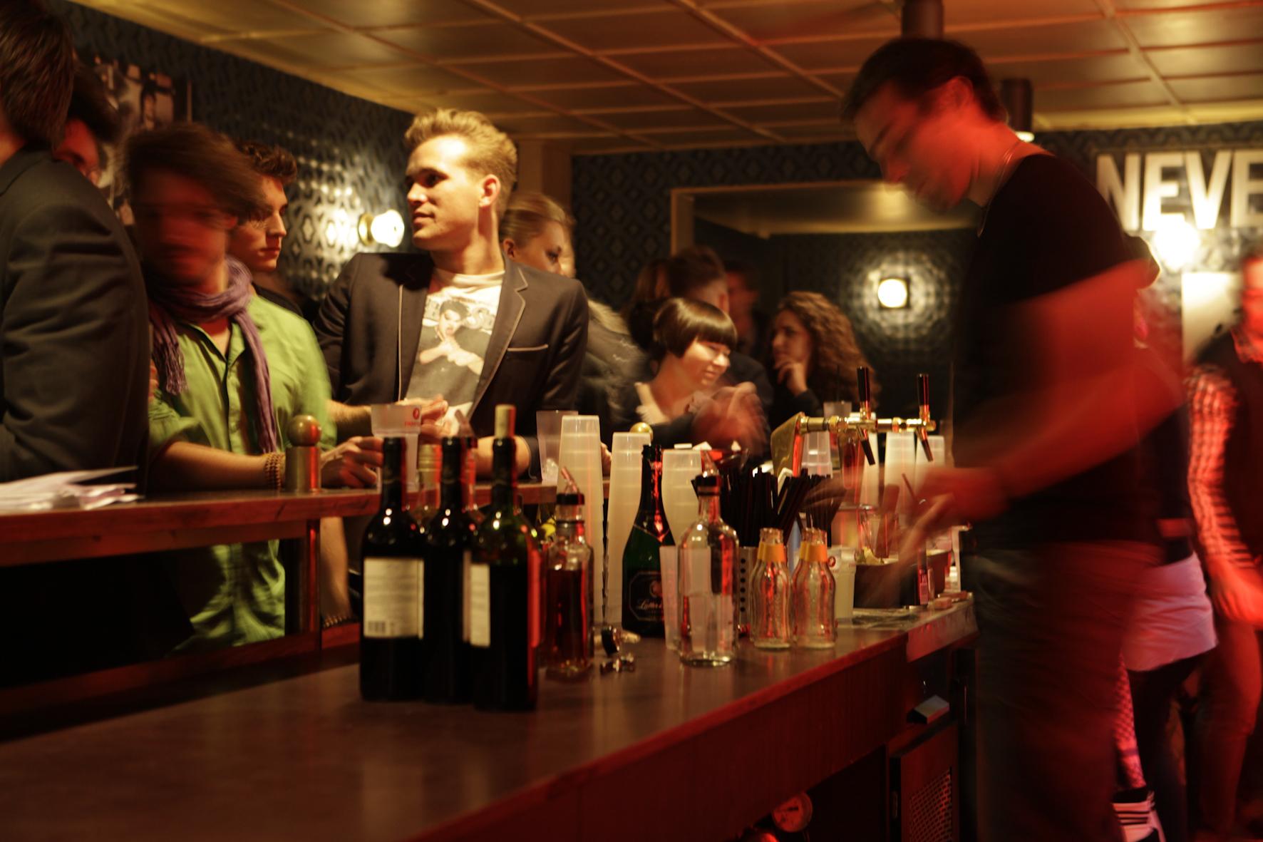 Im Astra-Club ging die Party weiter.