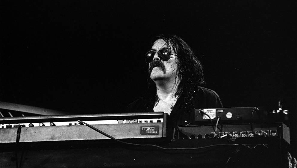 Jon Lord von Deep Purple an seinem Moog-Synthesizer.