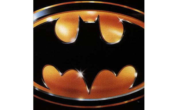 Der Terror regiert Gotham City, doch Prince interessiert sich nur für Vicki Vale. Hat Angst vor Kindern ('Talk of children s