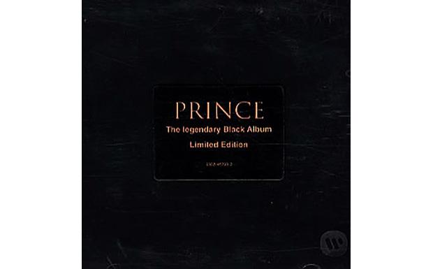 Zwei Minuten lang hält er das Strophe-Refrain-Schema durch, dann bricht der Partyfunk aus, und Prince ruft nur noch in die M