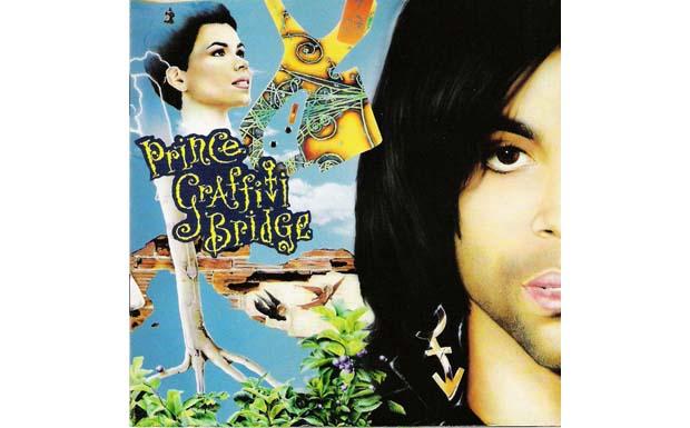 Prince singt eine Melodie, danach spielt er auf der Gitarre dieselbe nach. Lauter, verzerrter, sehnsüchtiger. Er kann das. (