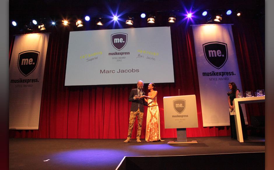 ME-Mode-Experte Jan joswig nahm den Preis für Marc Jacobs entgegen – 'Superior'
