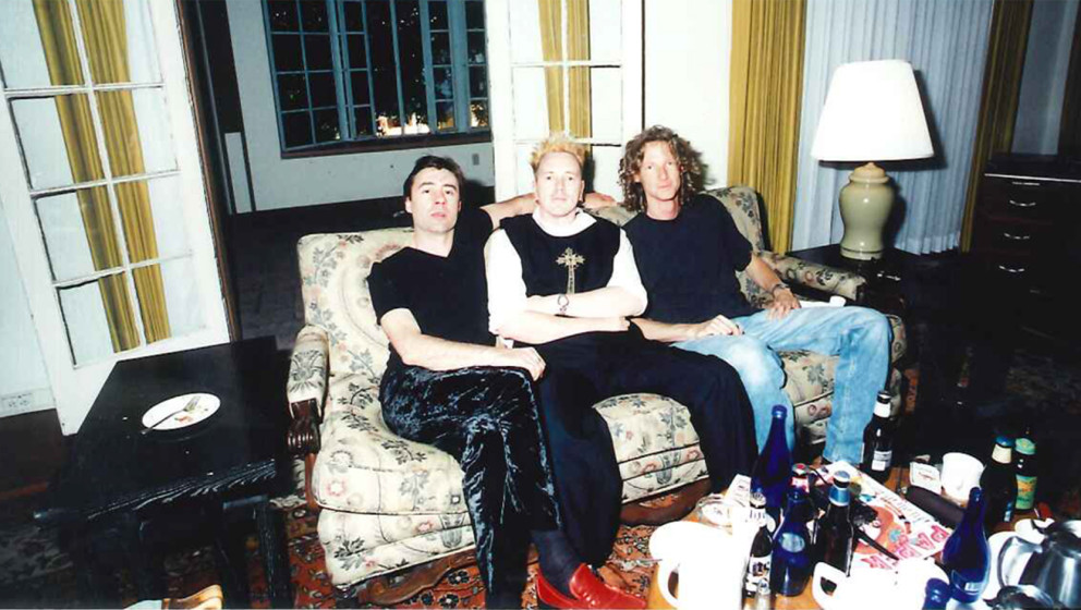 ME-Chefredakteur Severin Mevissen, Glen Matlock, Johnny Rotten von den Sex Pistols, 1996.