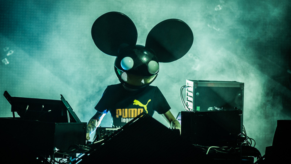 PARIS, FRANCE - JUNE 25: Deadmau5 performs at L'Olympia on June 25, 2012 in Paris, France. (Photo by David Wolff - Patrick/Re