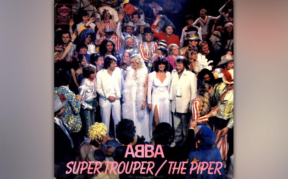 4. 'Super Trouper'. Unter der Oberfläche ein Drama.  Wie keine zweite Band beherrschen ABBA den Trick,  Glockenspiel-Melodie
