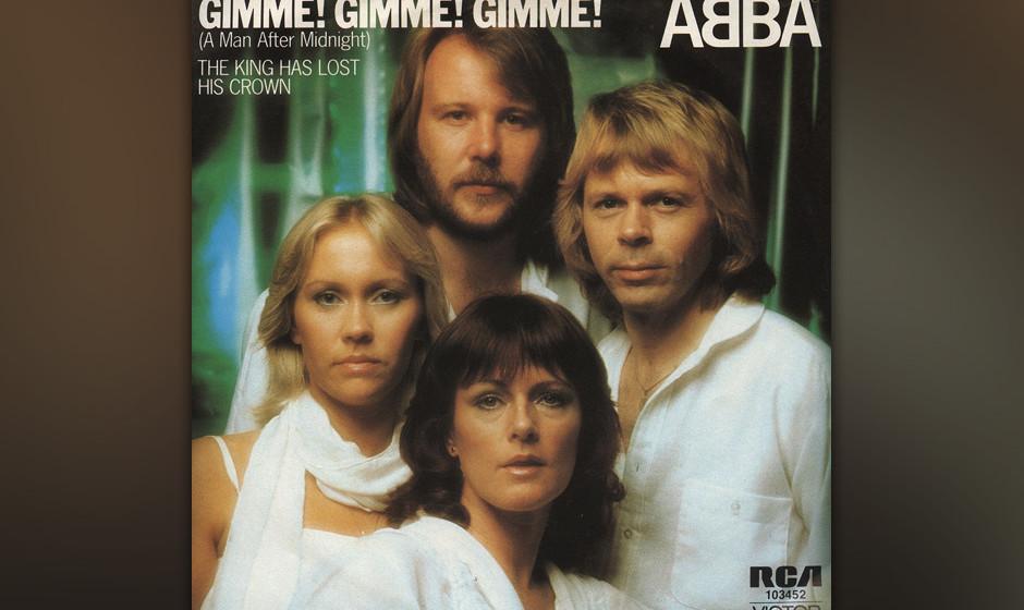 9. 'Gimme! Gimme! Gimme! (A Man After Midnight)'. Da sitzt sie also zuhause, die wunderschöne Agnetha, Traumfrau einer Gener