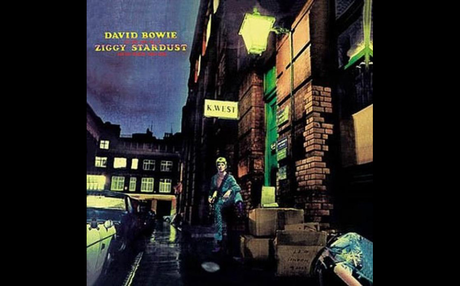 7. David Bowie — THE RISE AND FALL OF ZIGGY STARDUST AND THE SPIDERS FROM MARS