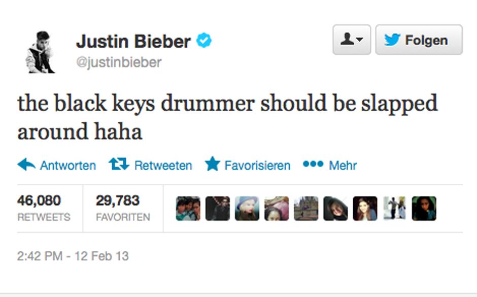 Justin Bieber greift Patrick Carney auf Twitter an.