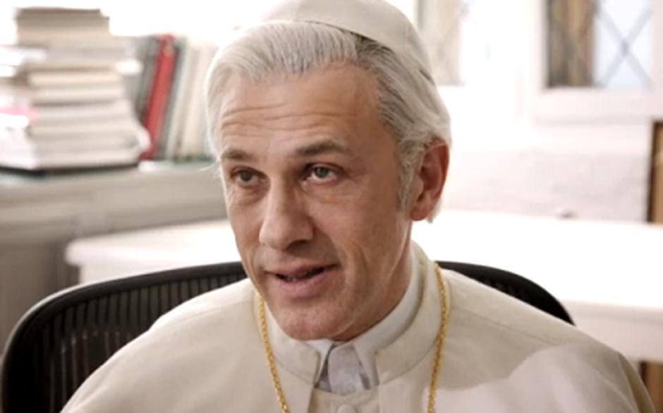 Christoph Waltz parodiert den Papst.