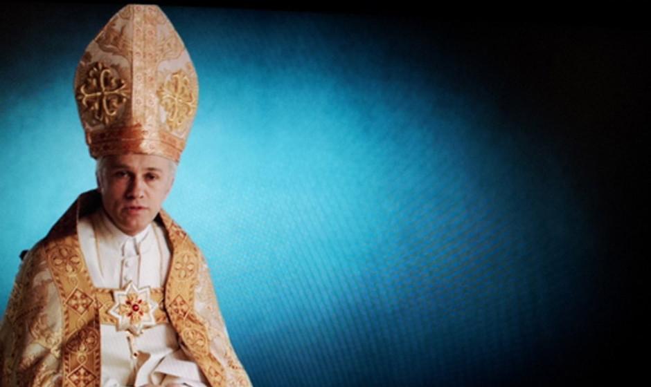 Christoph Waltz als Papst im Ruhestand.