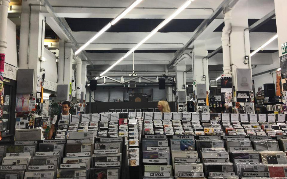 Der Rough Trade Record Store in London 2012 - Still Standing.