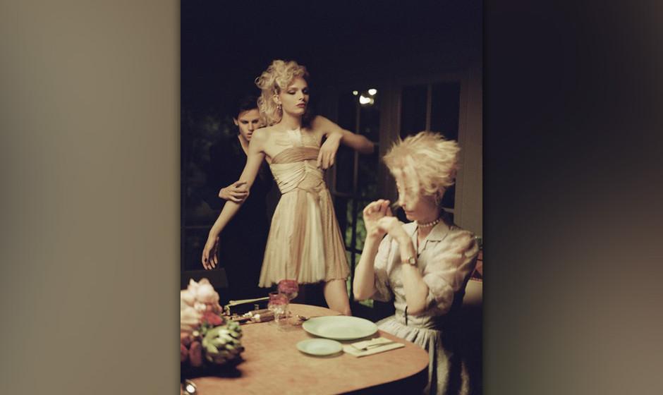 Ungebetene Gäste beim Abendessen