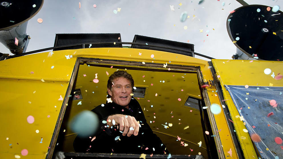 US actor and singer David Hasselhoff is showered with confetti as he is addressing fans and campaigners at the East Side Gall
