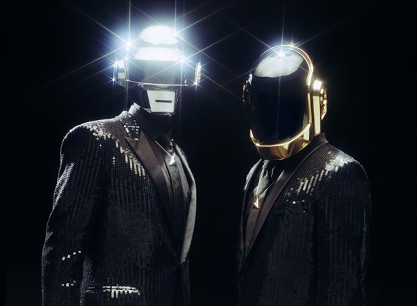 Daft Punk 2013 in neuen Outfits von Hedi Slimane