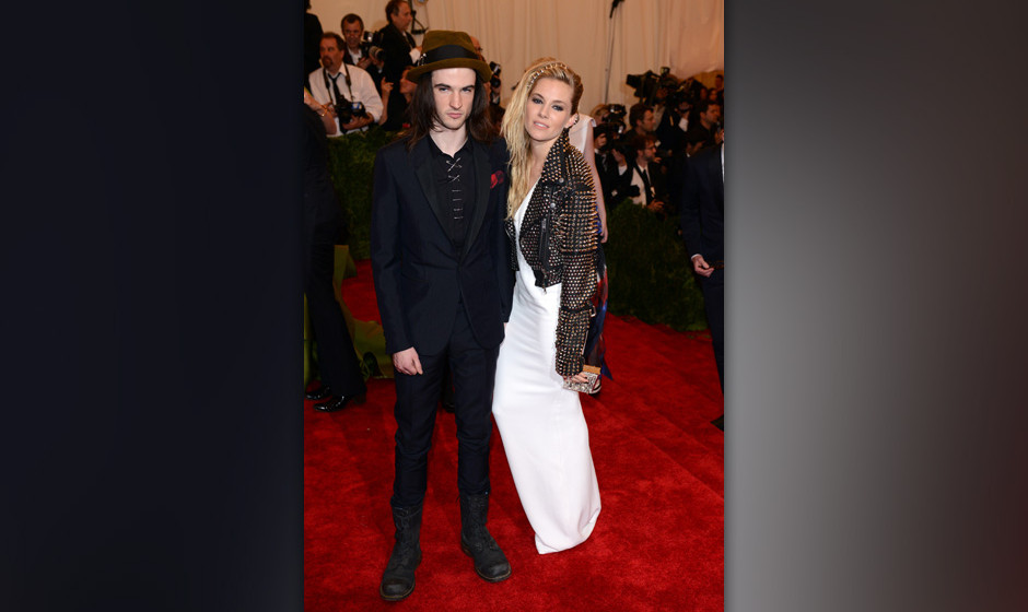 NEW YORK, NY - MAY 06:  Tom Sturridge and Sienna Miller attends the Costume Institute Gala for the 'PUNK: Chaos to Couture' e