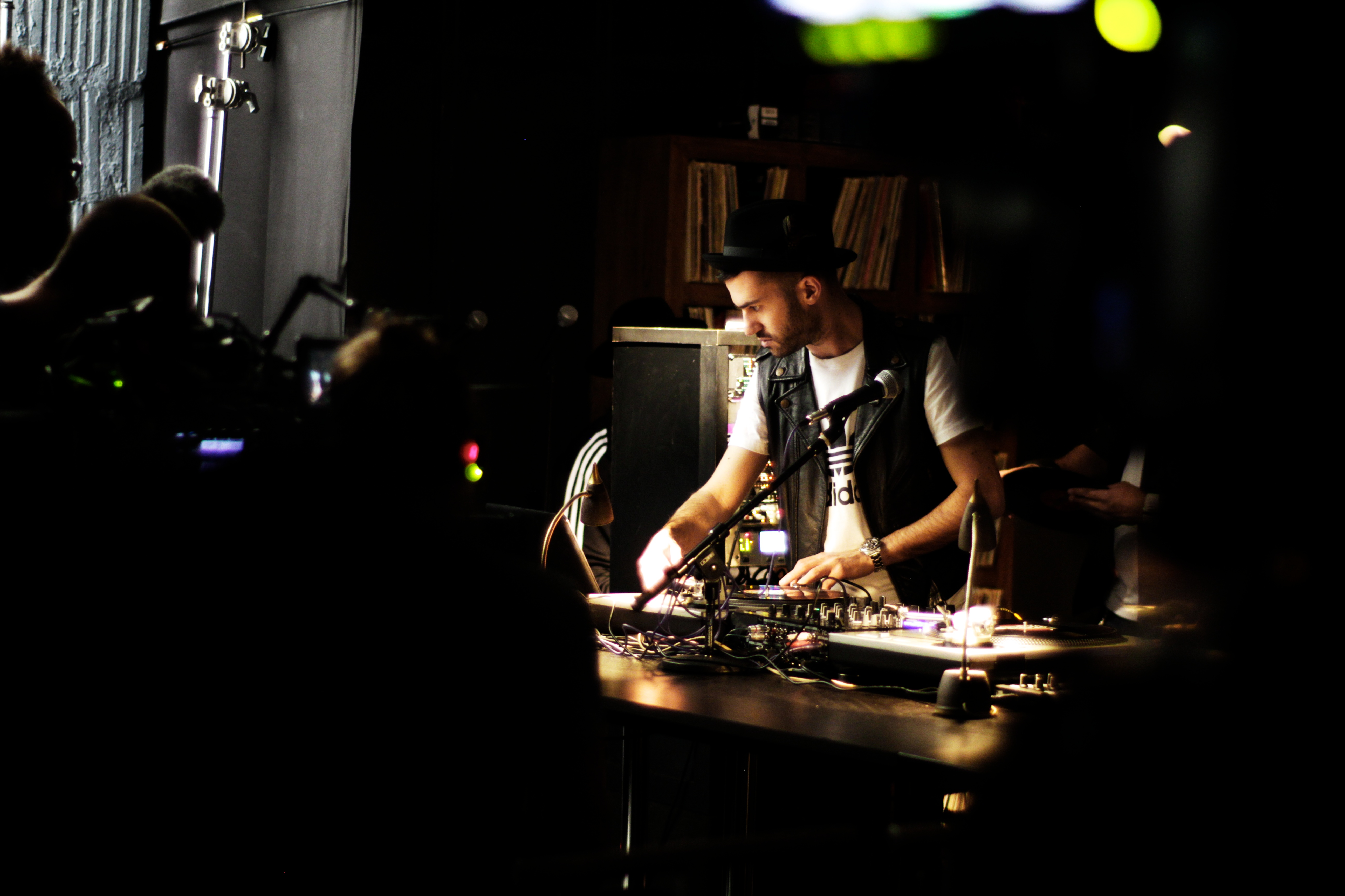 Run D.M.C. und DJ A Trak produzieren Track für neue Adidas