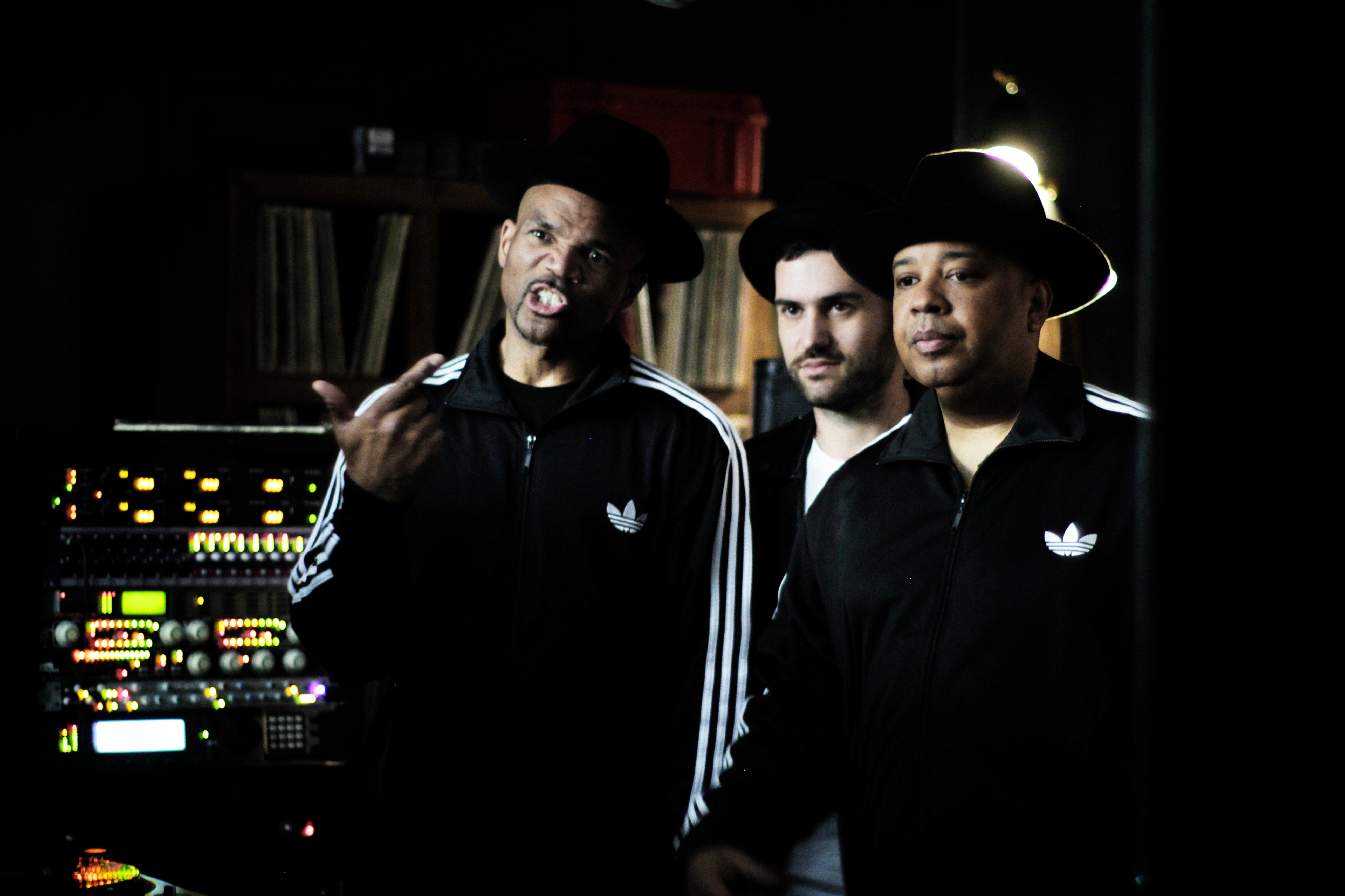 Die Hip-Hop-Legenden Run DMC und DJ-Superstar A-Trak