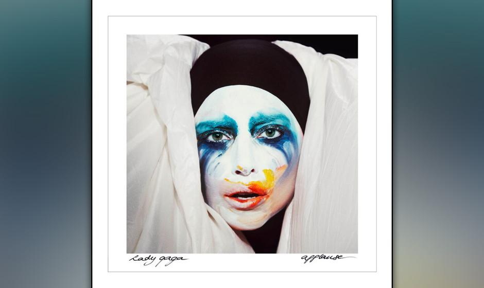 Lady Gagas Cover zu  APPLAUSE. Die Kollegen Rehm und Koch gucken ähnlich aus der Wäsche. Siehe unten.