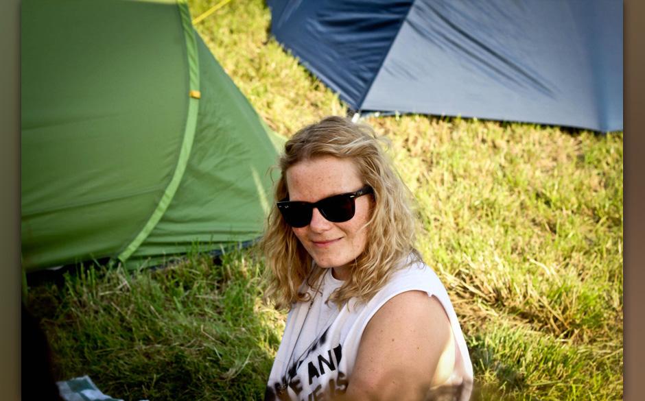 Online-Praktikantin Hannah Bahl im Wochenend-Dauereinsatz für Musikexpress.de - sie wollte es ja selber so! Hier die Bilder