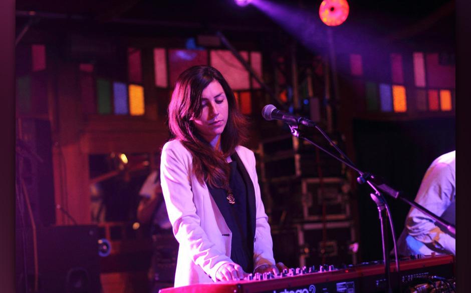 Julia Holter: Ende August veröffentlichte die amerikanische Multiinstrumentalistin ihr neues Album LOUD CITY SONG – und ü