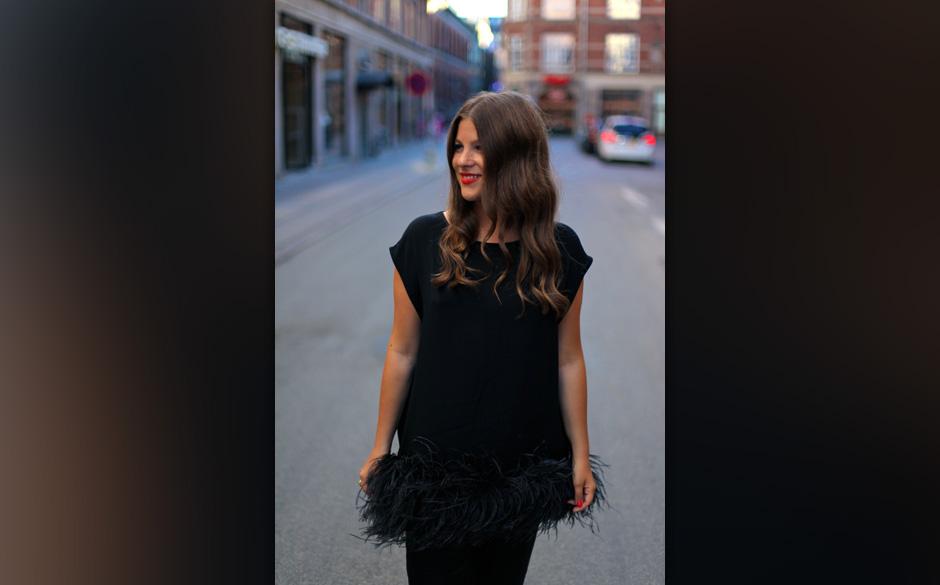 Jessica Weiß, erfolgreiche Modebloggerin sowie Jurorin beim MUSIKEXPRESS STYLE AWARD 2013. Hier die Bilder vom letzten Jahr.