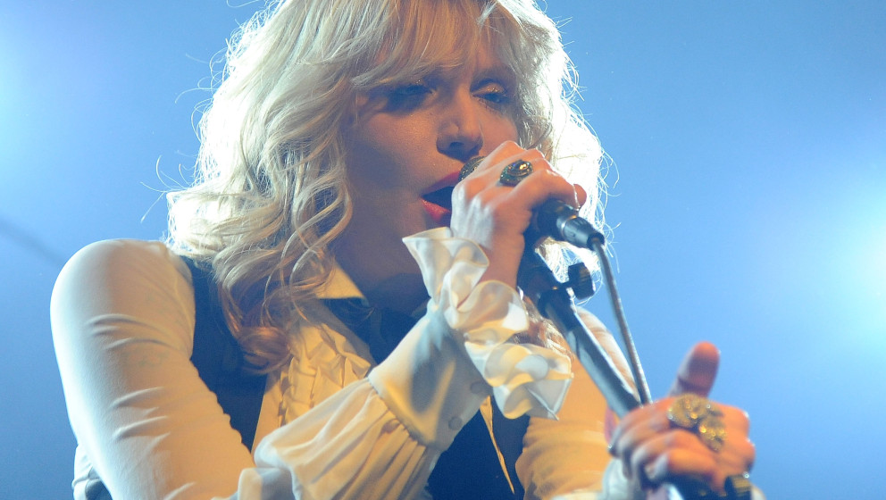 PARK CITY, UT - JANUARY 21:  Courtney Love performs live in concert during the 2013 Sundance Film Festival at Star Bar on Jan