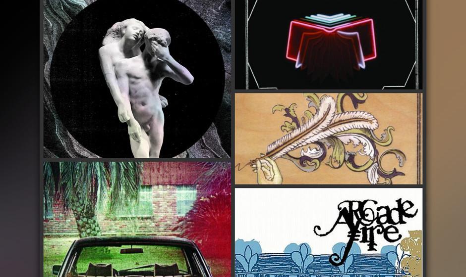 Die komplette Arcade-Fire-Discographie: REFLEKTOR, THE SUBURBS (l., von oben nach unten), NEON BIBLE, FUNERAL, ARCADE FIRE (E