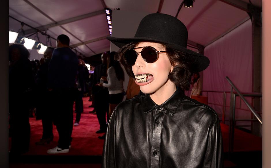 NEW YORK, NY - NOVEMBER 03:  Singer Lady Gaga attends the YouTube Music Awards 2013 on November 3, 2013 in New York City.  (P