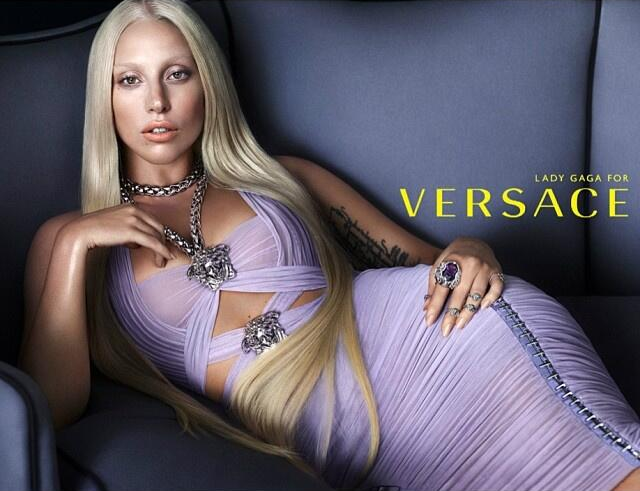 Lady Gaga wird das Gesicht der Frühjahrskollektion 2014 von Versace.