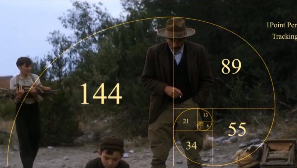 Die Goldene Spirale umrahmt Daniel Day-Lewis als Daniel Plainview