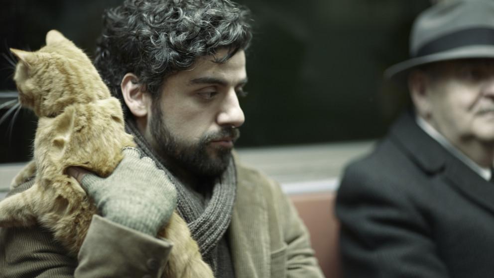 Llewyn Davis (Oscar Isaac) unterwegs mit Katze in der New Yorker U-Bahn