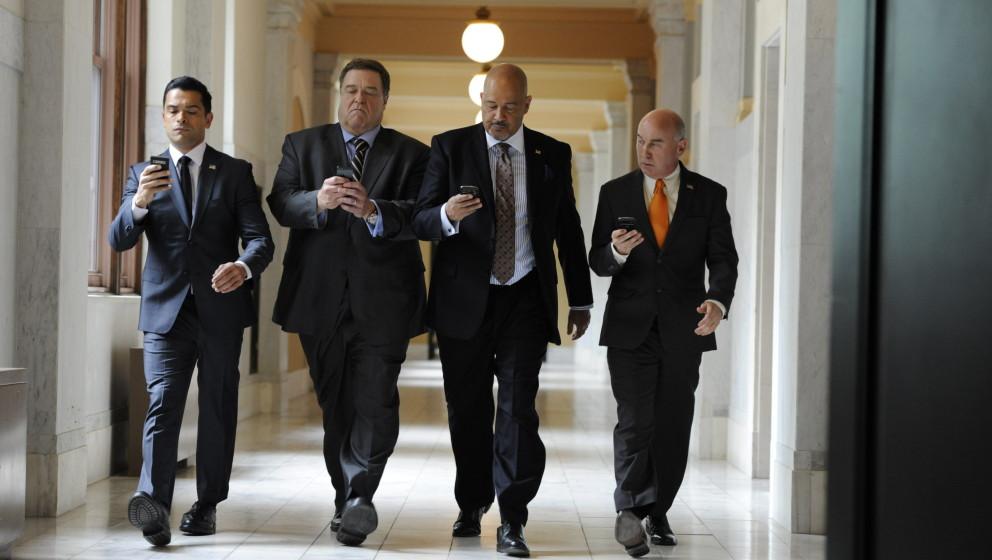Alpha House: Der unverwüstliche John Goodman als einer von vier gar nicht so ehrwürdigen US-Senatoren, die sich eine WG in