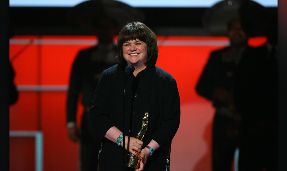 Singer Linda Ronstadt onstage during the 2008 ALMA Awards at the Pasadena Civic Auditorium on August 17, 2008 in Pasadena, Ca