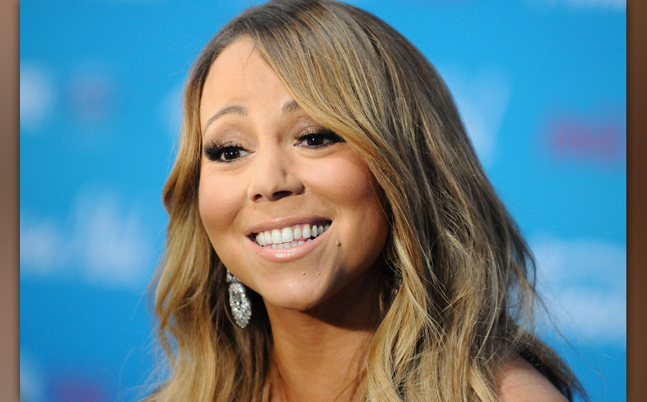 LOS ANGELES, CA - MARCH 07:  Mariah Carey attends the American Idol finalists event at The Grove on March 7, 2013 in Los Ange