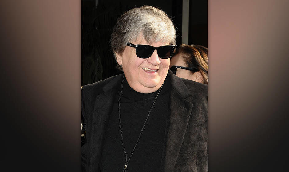 HOLLYWOOD - JANUARY 29: Phil Everly of The Everly Brothers attends Roy Orbison's induction into the Hollywood Walk Of Fame on