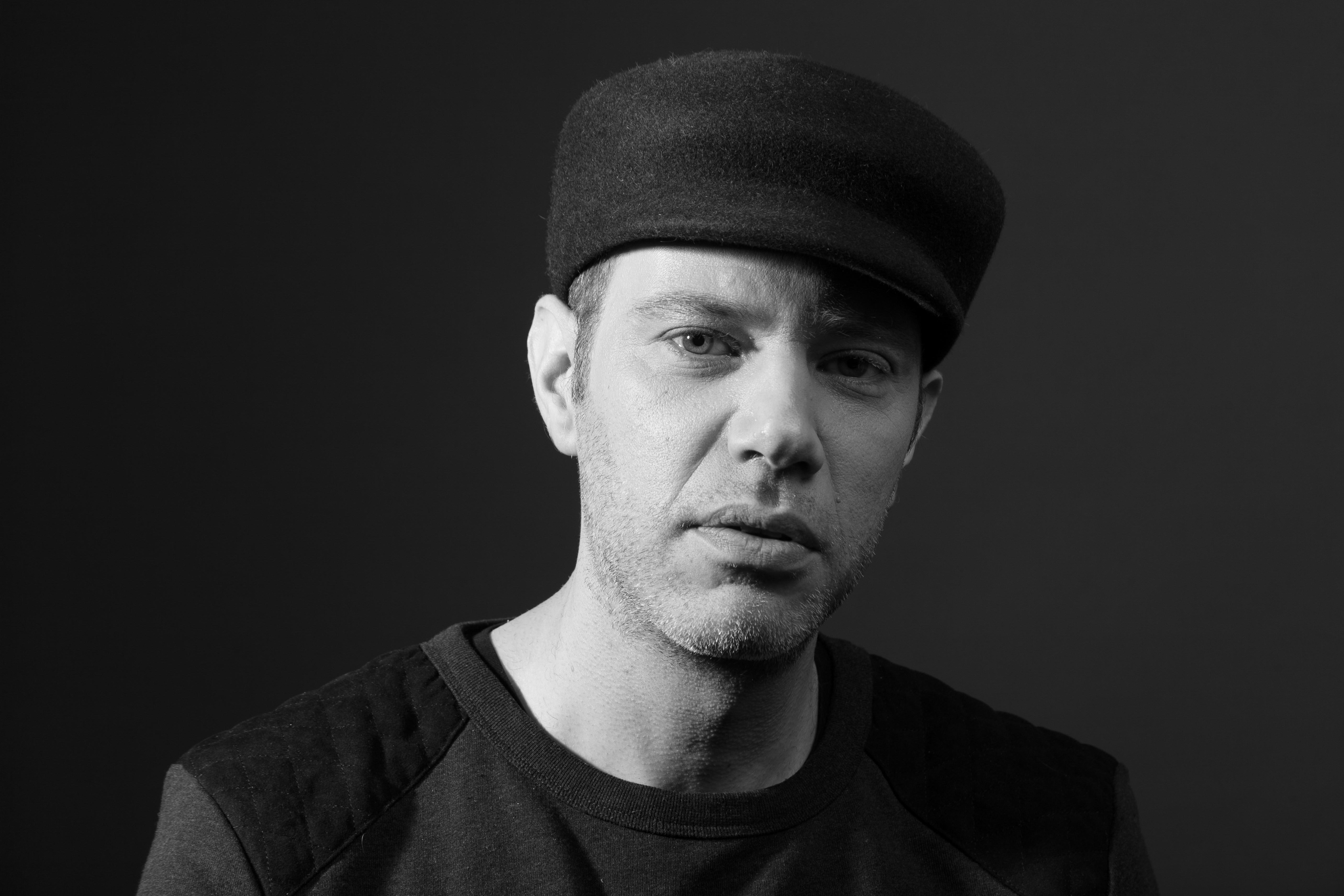 Daniel Blechman, Designer von SOPOPULAR, im Interview: 'Ohne Musik wäre meine Kreativität nicht das, was sie ist'.