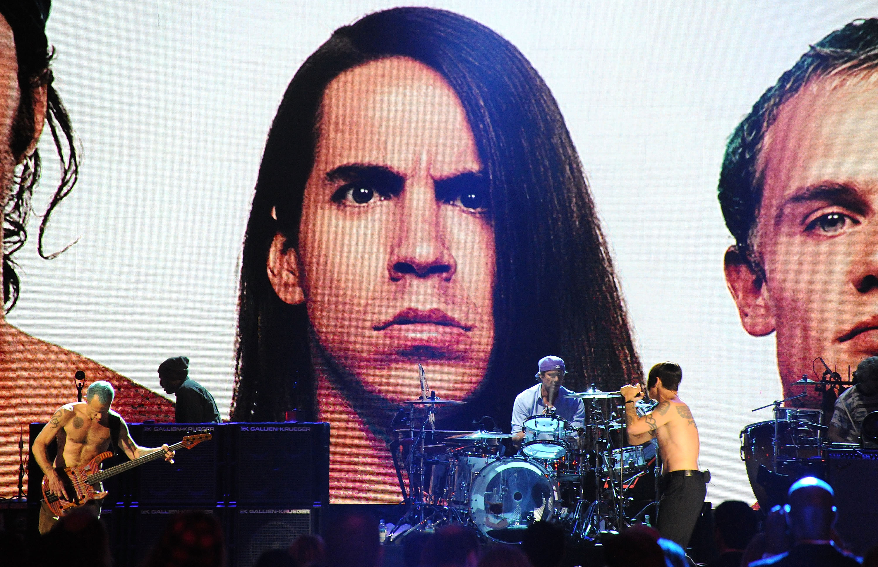 CLEVELAND, OH - APRIL 14: Inductees Red Hot Chili Peppers perform on stage at the 27th Annual Rock And Roll Hall Of Fame Indu
