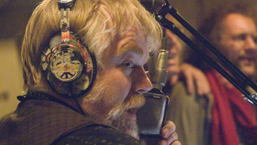 PHS als Piratenradio-DJ The Count, der auf dem realen BBC1-Plattentellerjockey Michael Joseph Pasternak alias Emperor Rosko b