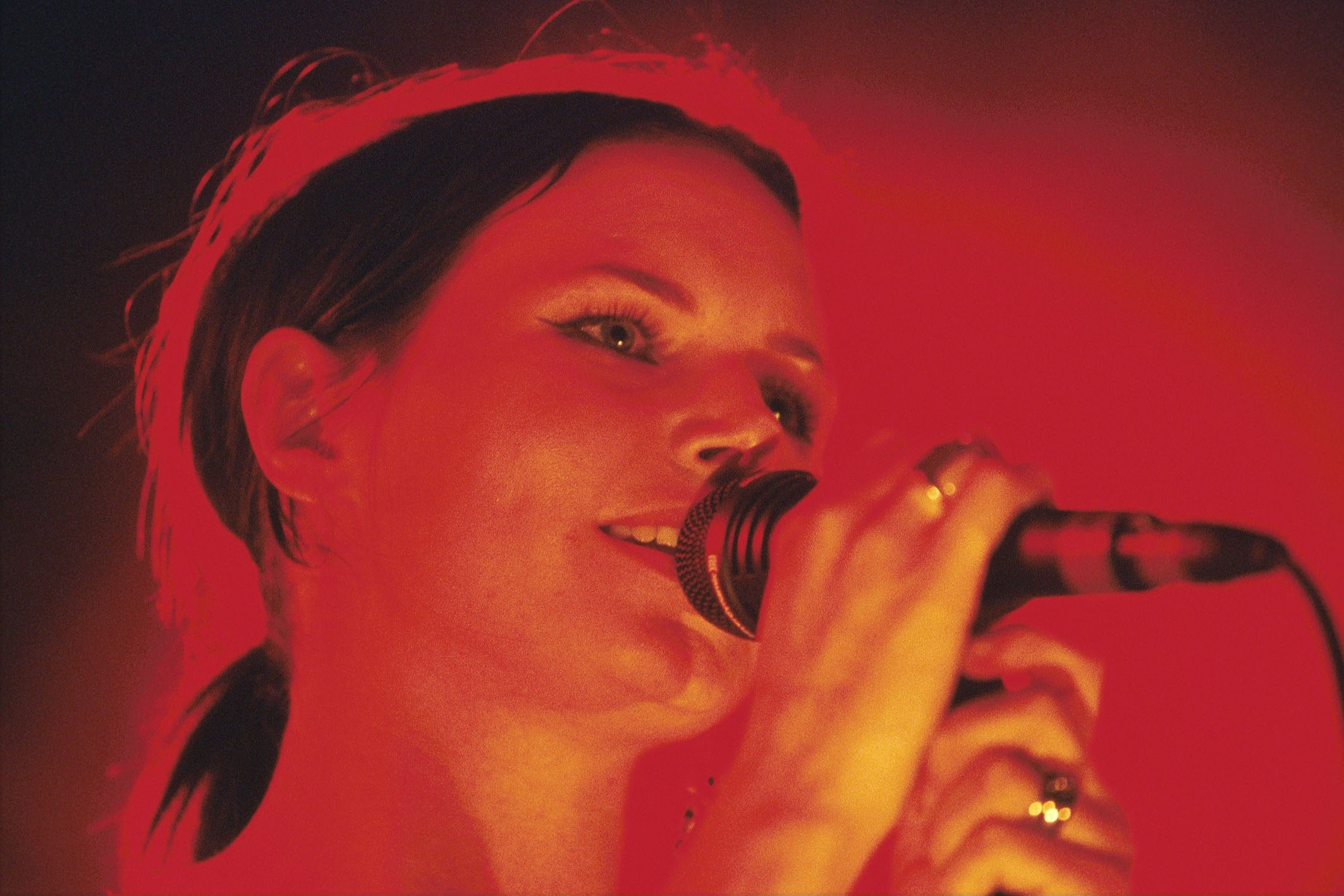 A CAMP (NINA PERSSON of the CARDIGANS) live im Metropolis, Muenchen am 11.10.2001, 11.10.2001 *** Local Caption *** 00064034