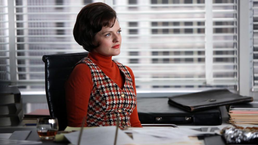 Peggy Olson (Elisabeth Moss) - Mad Men _ Season 6, Episode 13 _ 'In Care of' - Photo Credit: Jamie Trueblood/AMC
