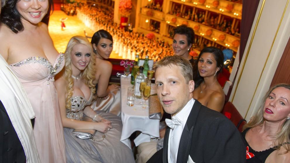 Oliver POCHER, Crazy Cathy SCHMITZ, Kim KARDASHIAN, Kris JENNER the Vienna Opernball2014  the social highlight of the ball se