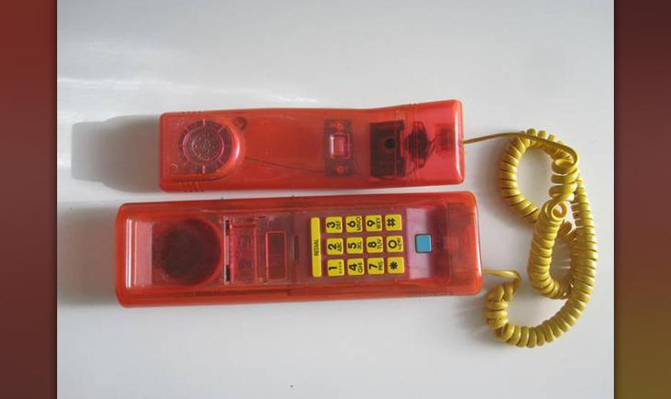 ...und das alte Telefon des verstorbenen Nirvana-Sängers.