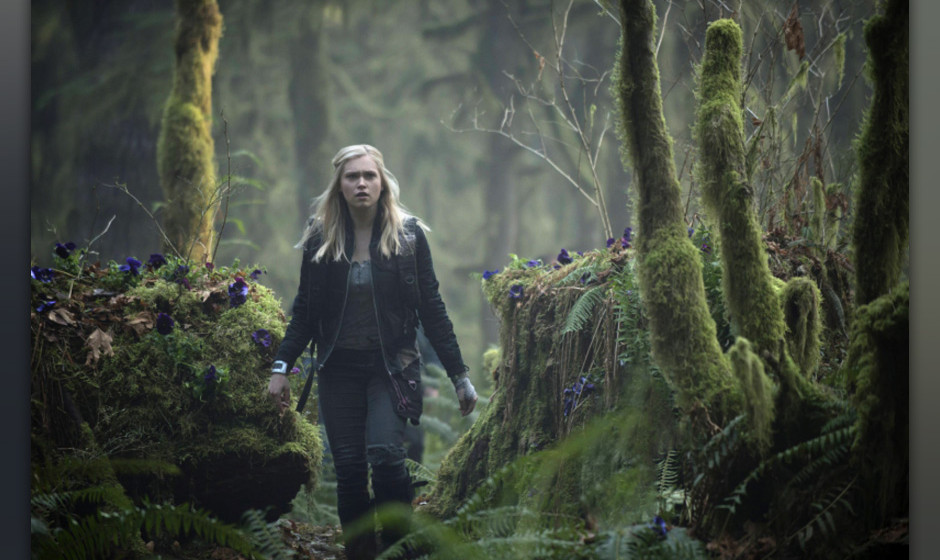The 100 --  'Pilot' -- Image: HU101b_16408 -- Pictured: Eliza Taylor as Clarke -- Photo: Cate Cameron/The CW -- © 2013 T