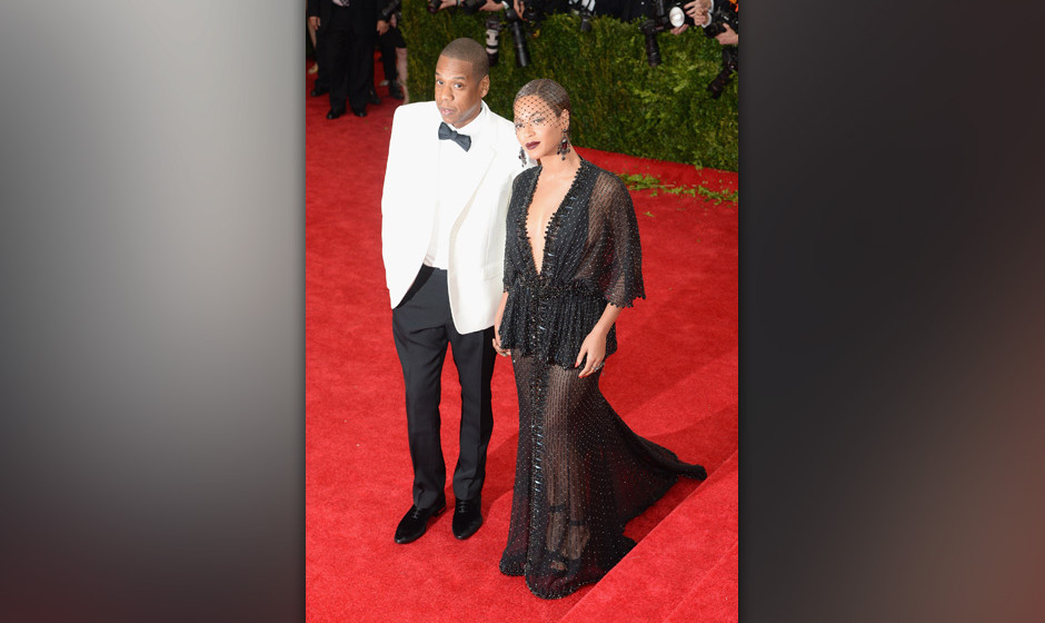 NEW YORK, NY - MAY 05:  Beyonce and Jay-Z attend the 'Charles James: Beyond Fashion' Costume Institute Gala at the Metropolit