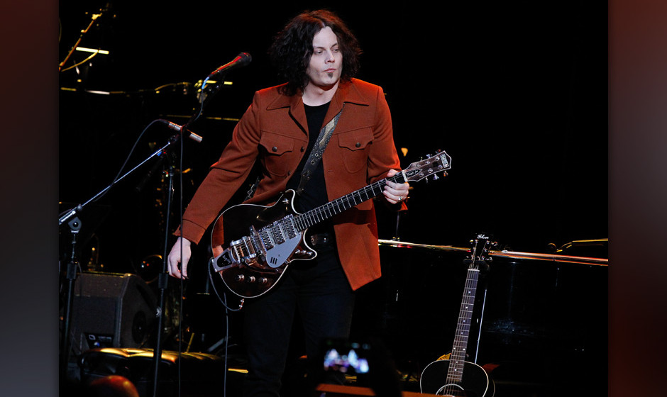 NASHVILLE, TN - DECEMBER 18:  Jack White performs during Brendan Benson and Friends at the Ryman Auditorium on December 18, 2