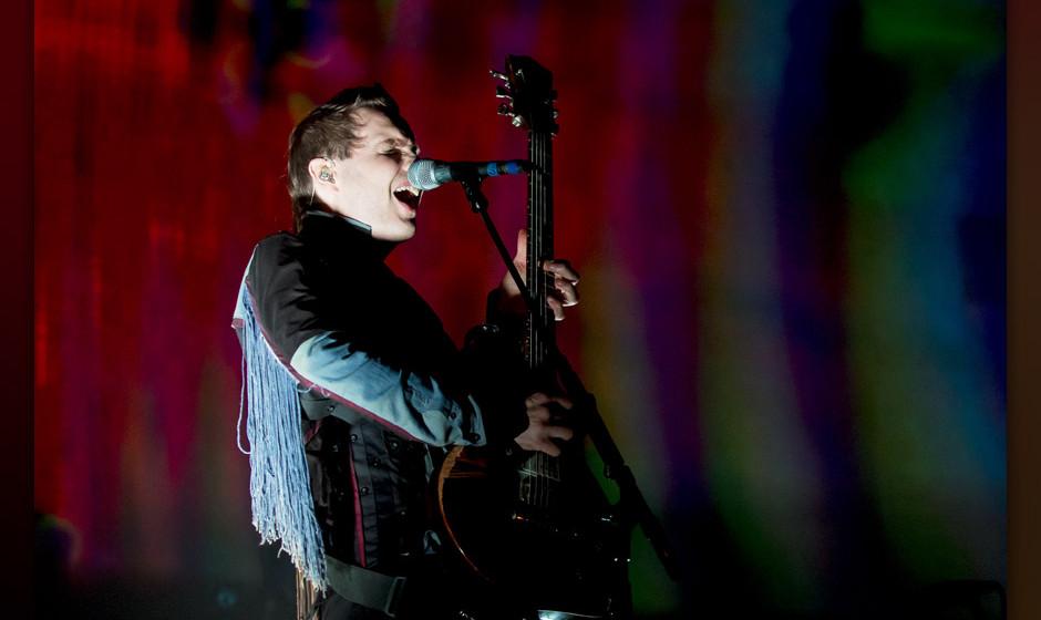 LONDON, UNITED KINGDOM - NOVEMBER 21: Jonsi Birgisson of Sigur Ros performs on stage at Wembley Arena on November 21, 2013 in