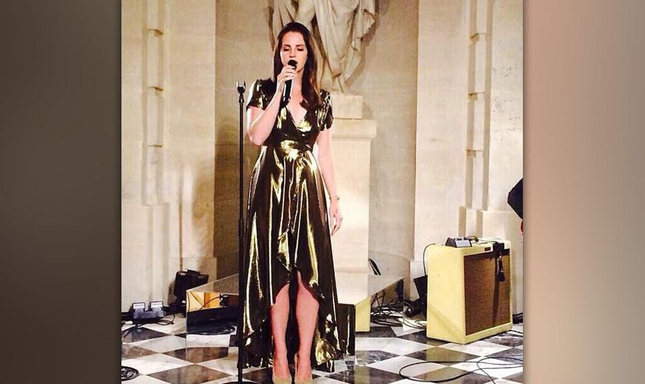 ... den Klängen von Lana Del Rey lauschten, ...