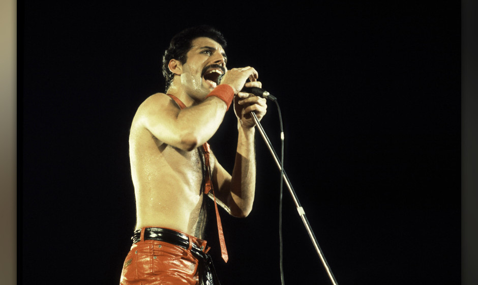 Singer Freddie Mercury of Queen at the Rosemont Horizon on September 19, 1980 in Rosemont, Illinois. (Photo by Paul Natkin/Wi